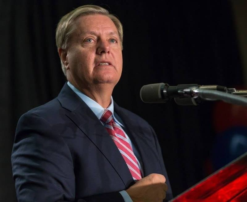 Lindsey Graham sort of endorses Ted Cruz