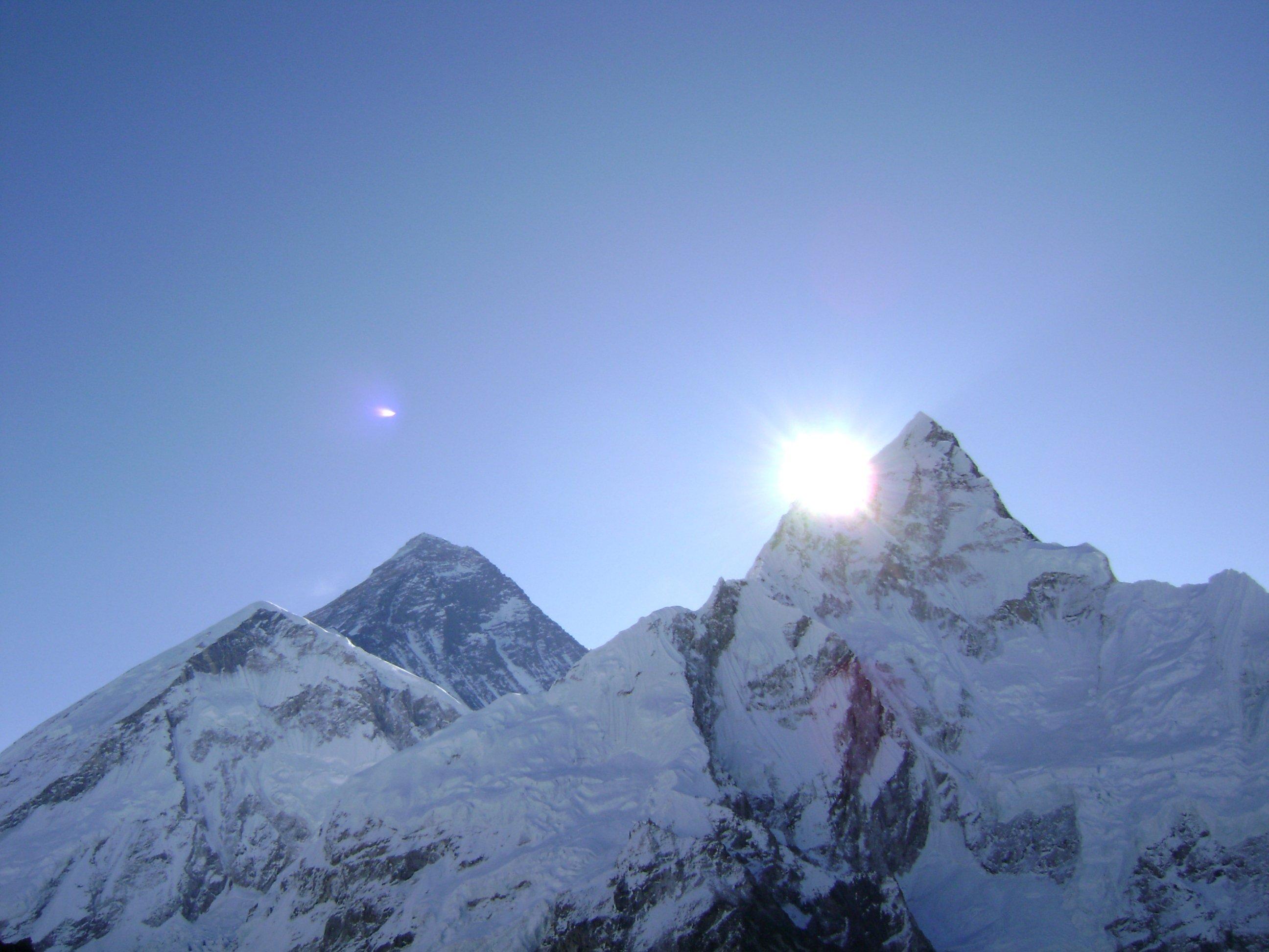 Deadly days on Everest