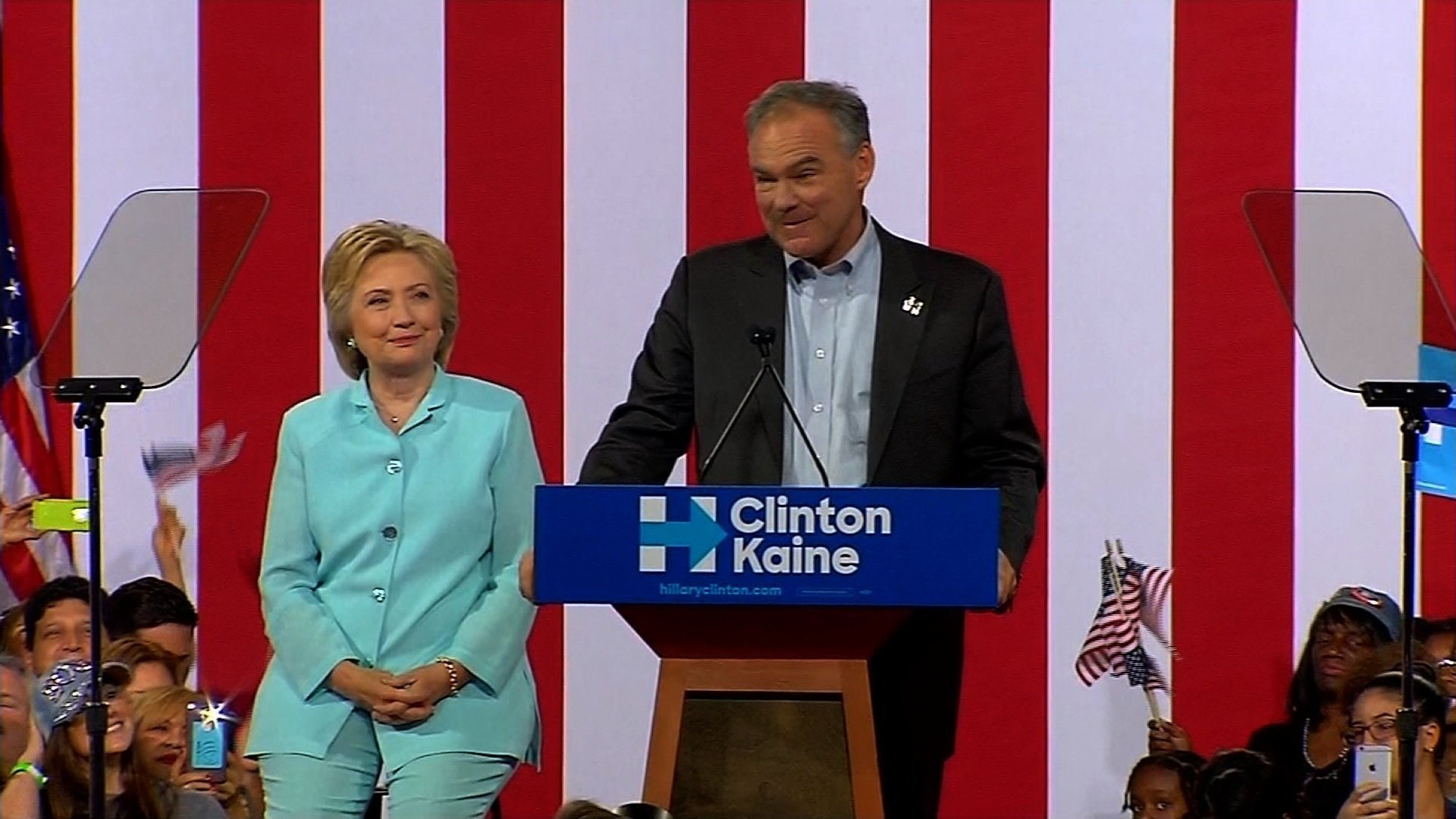 Kaine makes debut as Clinton running mate