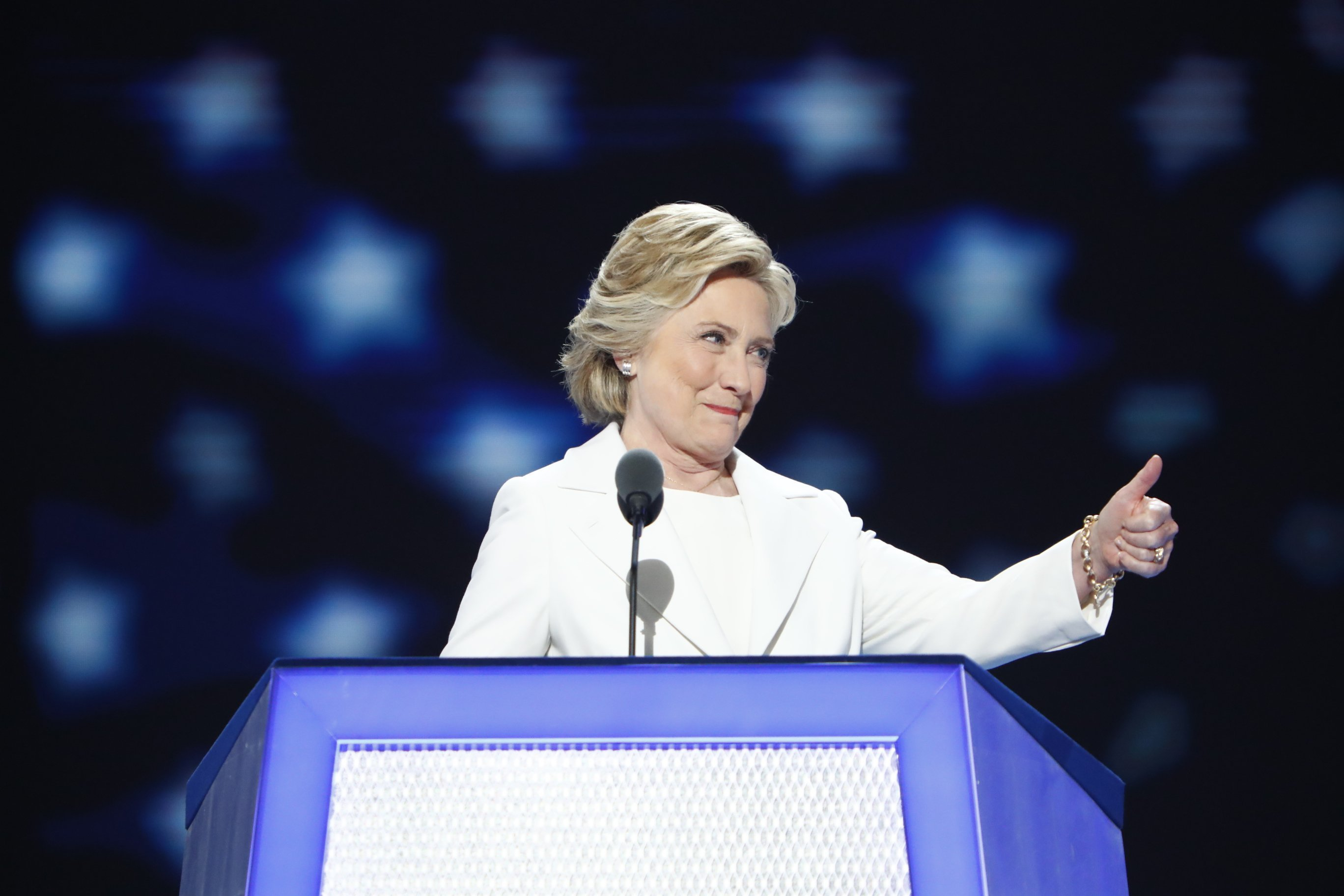 Emails link USA state department with Clinton Foundation
