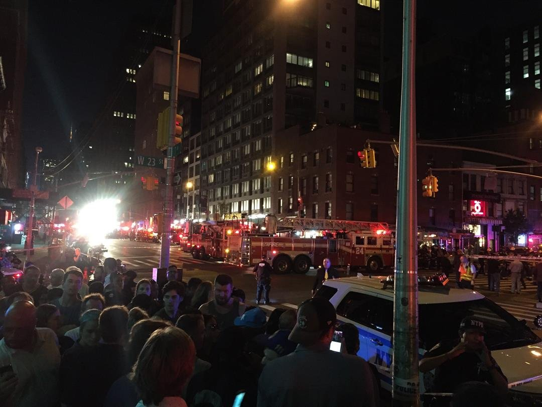 Police arrest NY bombing suspect following gunfight