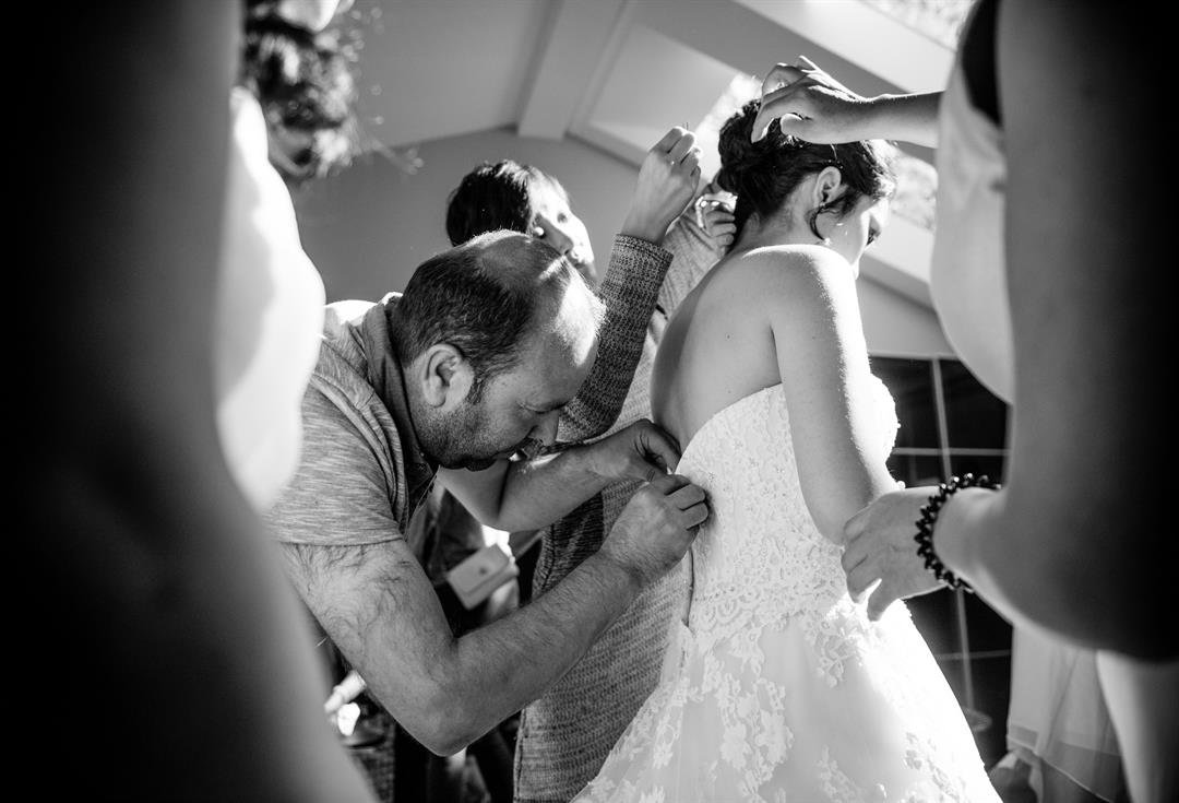Syrian refugee saves Canadian bride's wedding day