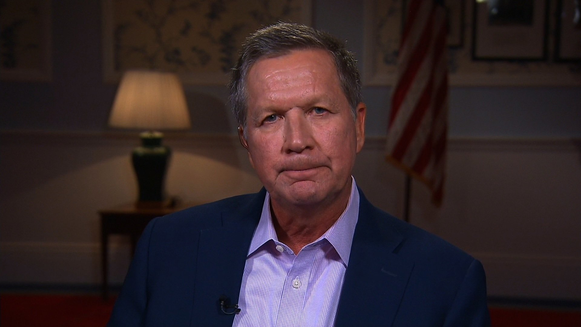 Kasich Snubs Trump With Write-In Vote for McCain