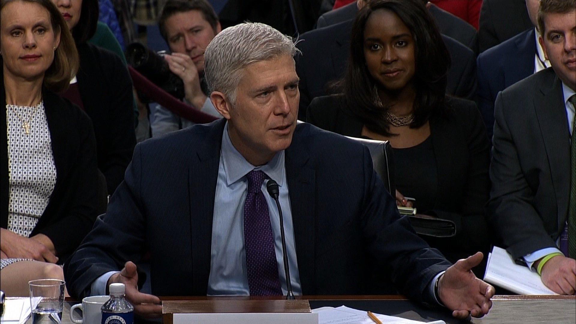 Top Senate Democrat to oppose Trump pick for Supreme Court