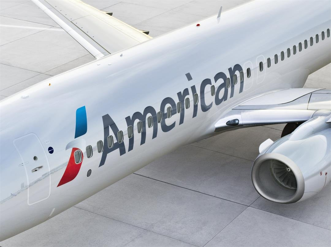 American Airlines pilot dies during plane landing in New Mexico
