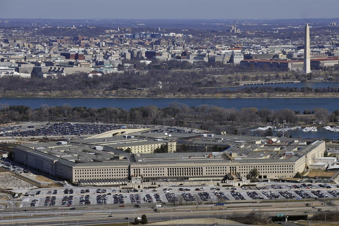 Pentagon begins review of nuclear weapons policy