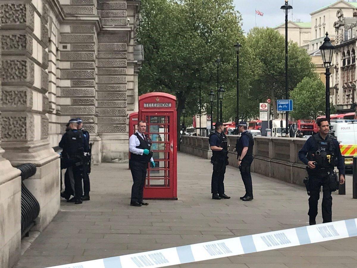 London police arrest man on terrorism charge near United Kingdom parliament