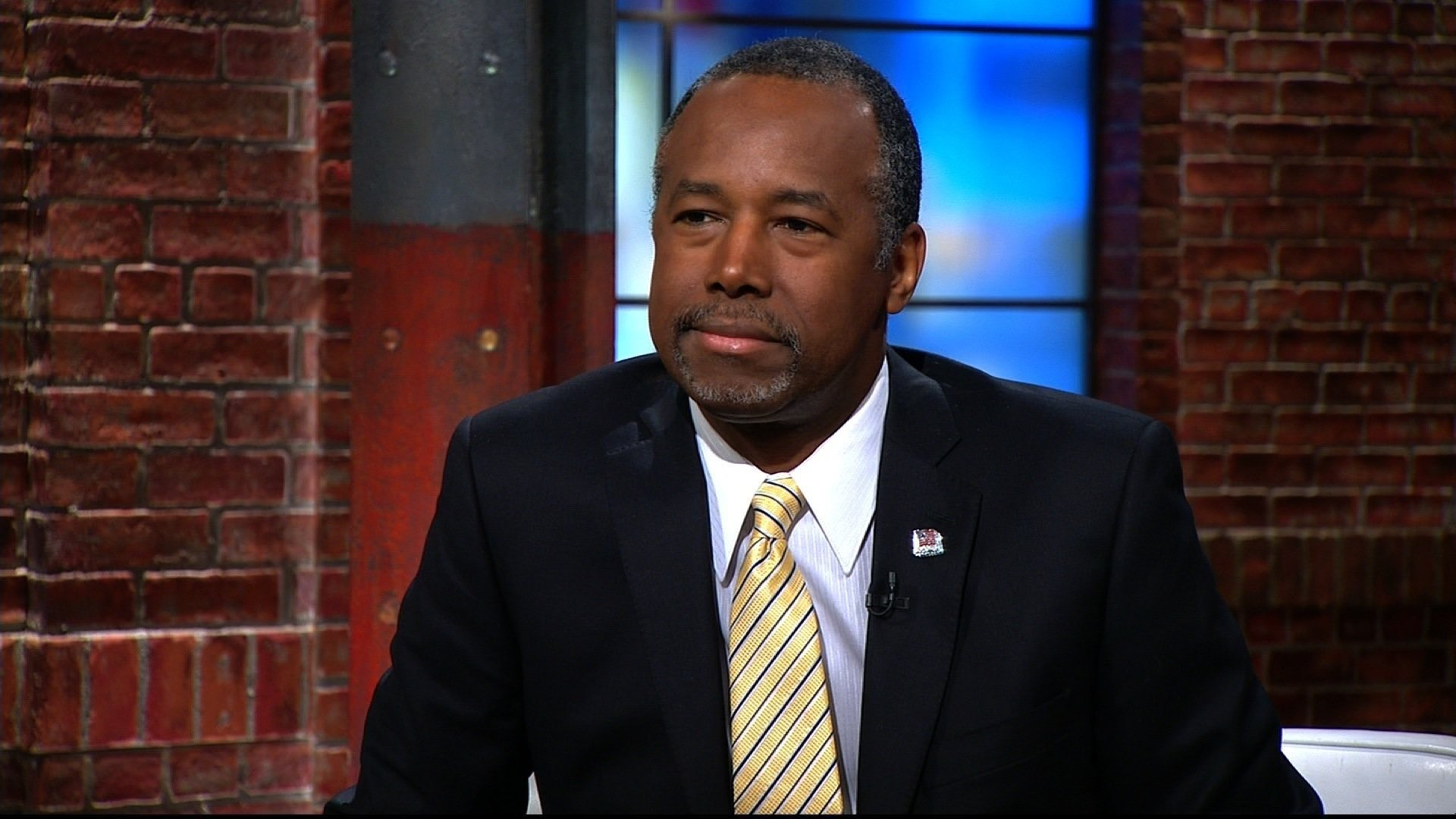 Ben Carson Doesn't Want Federally Funded Housing To Get Too 'Comfortable'