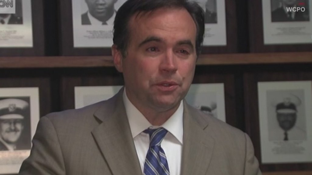 **Embargo: Cincinnati, OH**  Cincinnati Mayor John Cranley apologized after his office inadvertently issued a proclamation honoring a man who ambushed and killed a Cincinnati police officer.