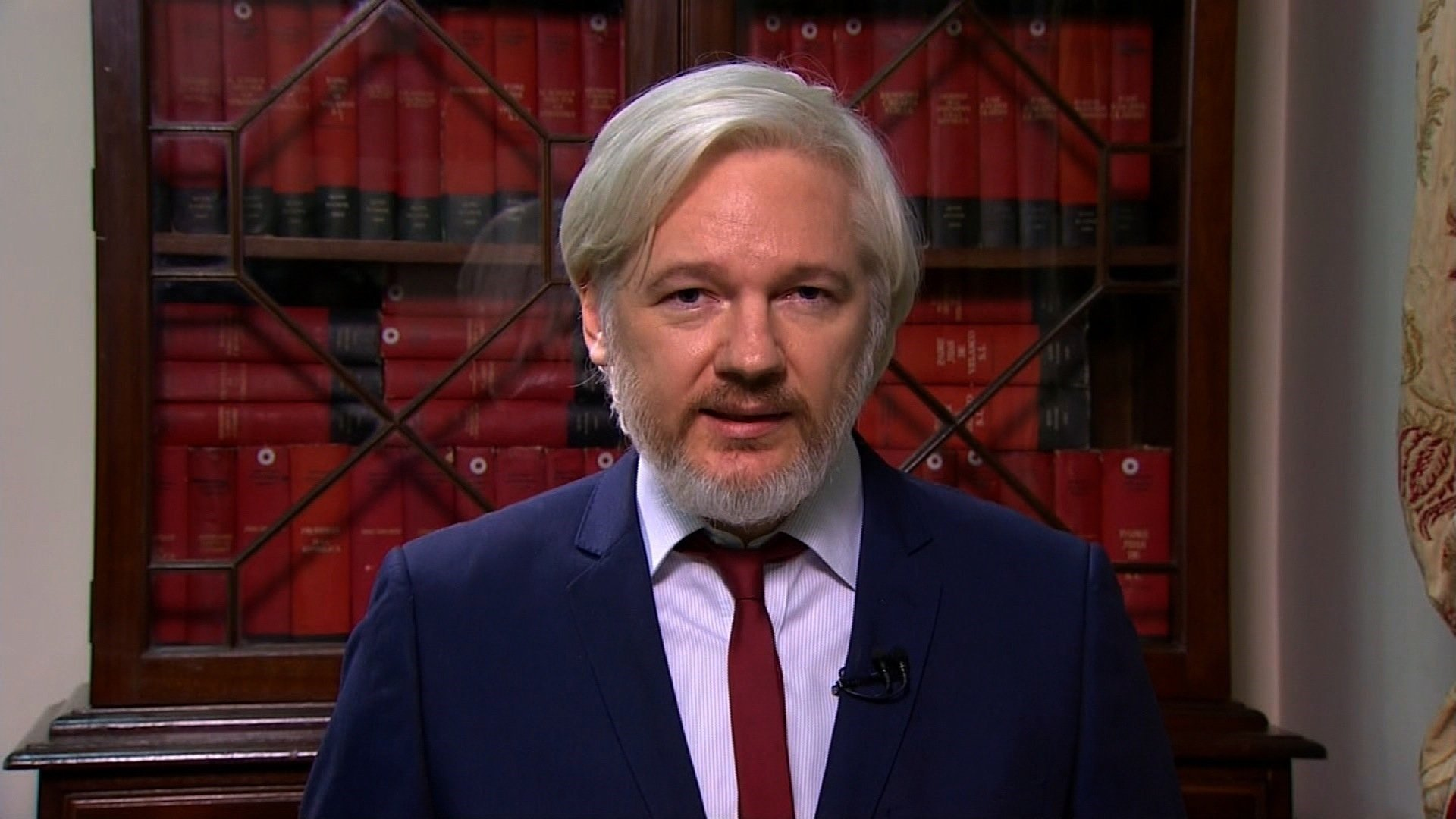 Julian Assange 'Exploring' Guest Hosting for Sean Hannity on Radio
