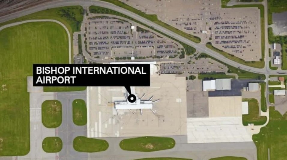 Suspect in Michigan airport stabbing attempted to buy gun before attack