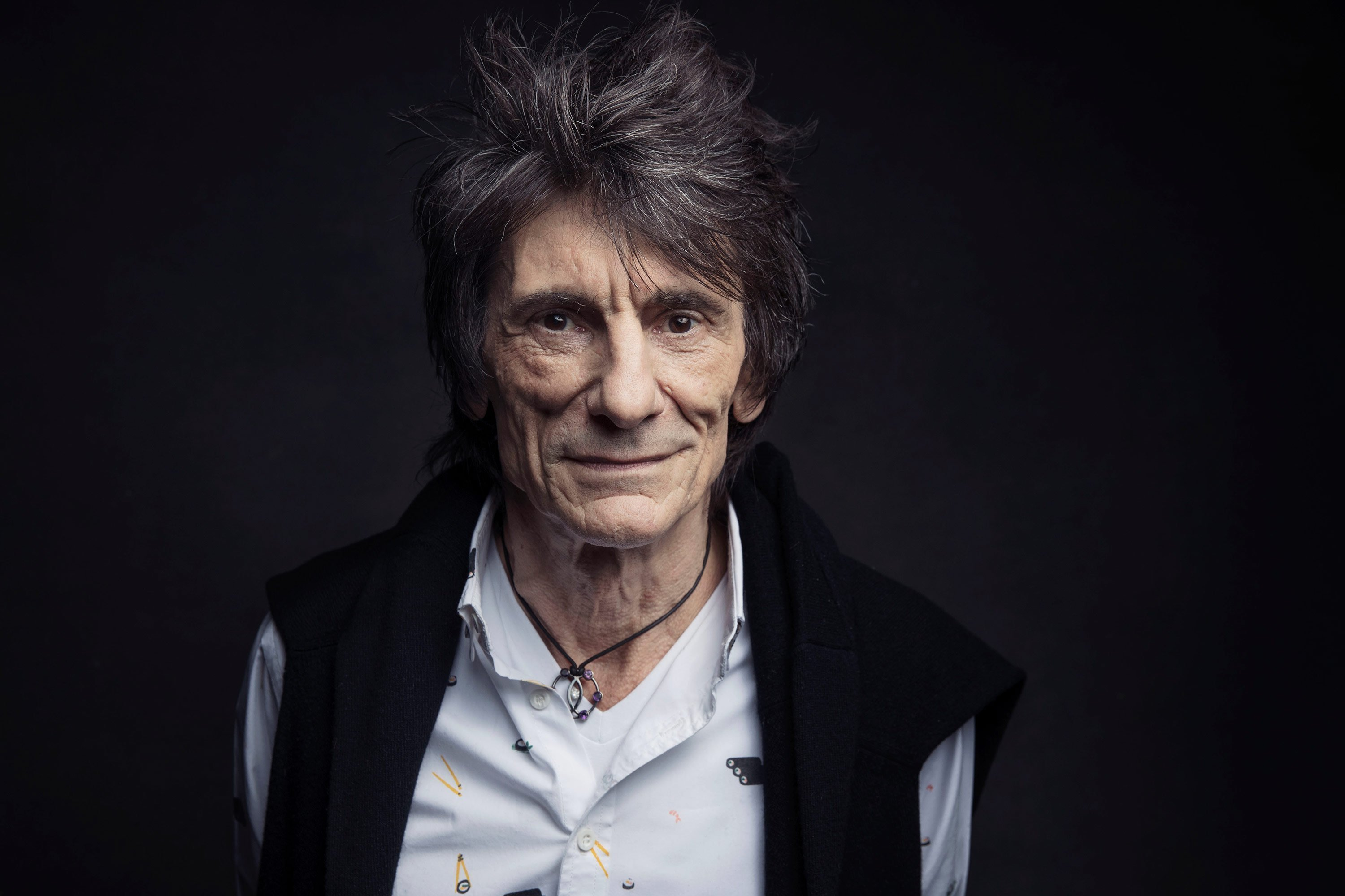 Rolling Stones guitarist Ronnie Wood reveals his fight with cancer