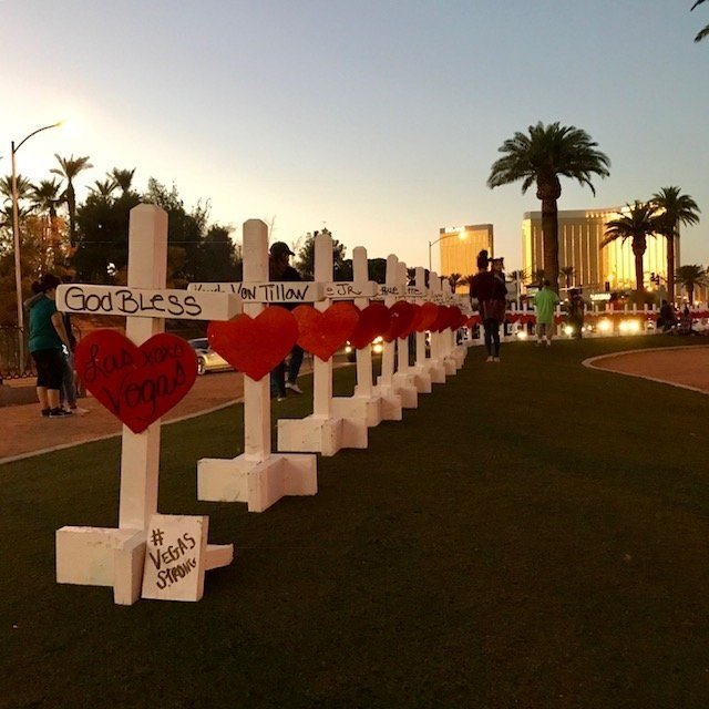 Illinois man installs 58 crosses to honor Las Vegas victims