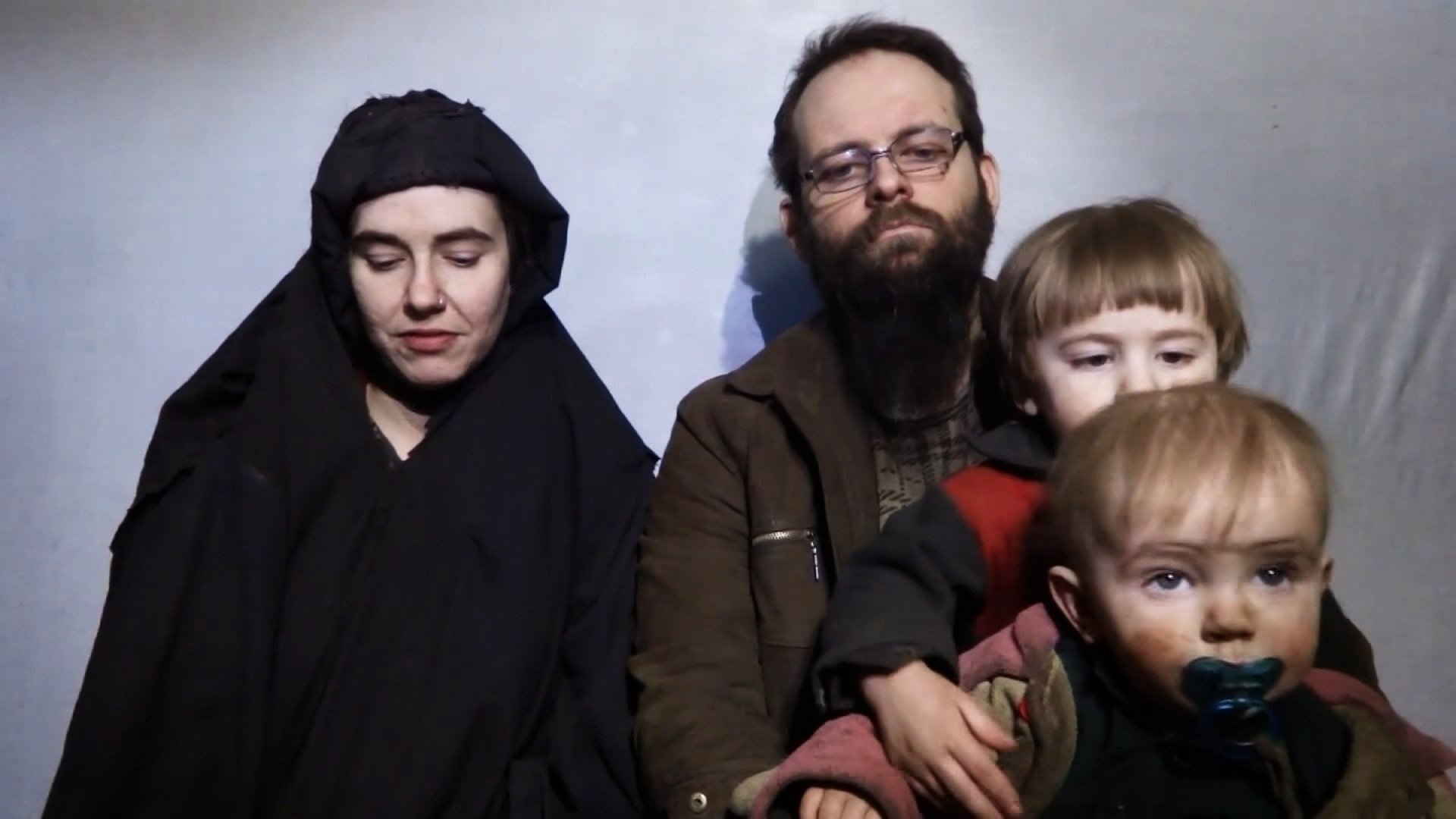 An American woman, her Canadian husband and their three children have been freed from captivity by Pakistani security forces, nearly five years after being taken hostage by the Taliban in Afghanistan.