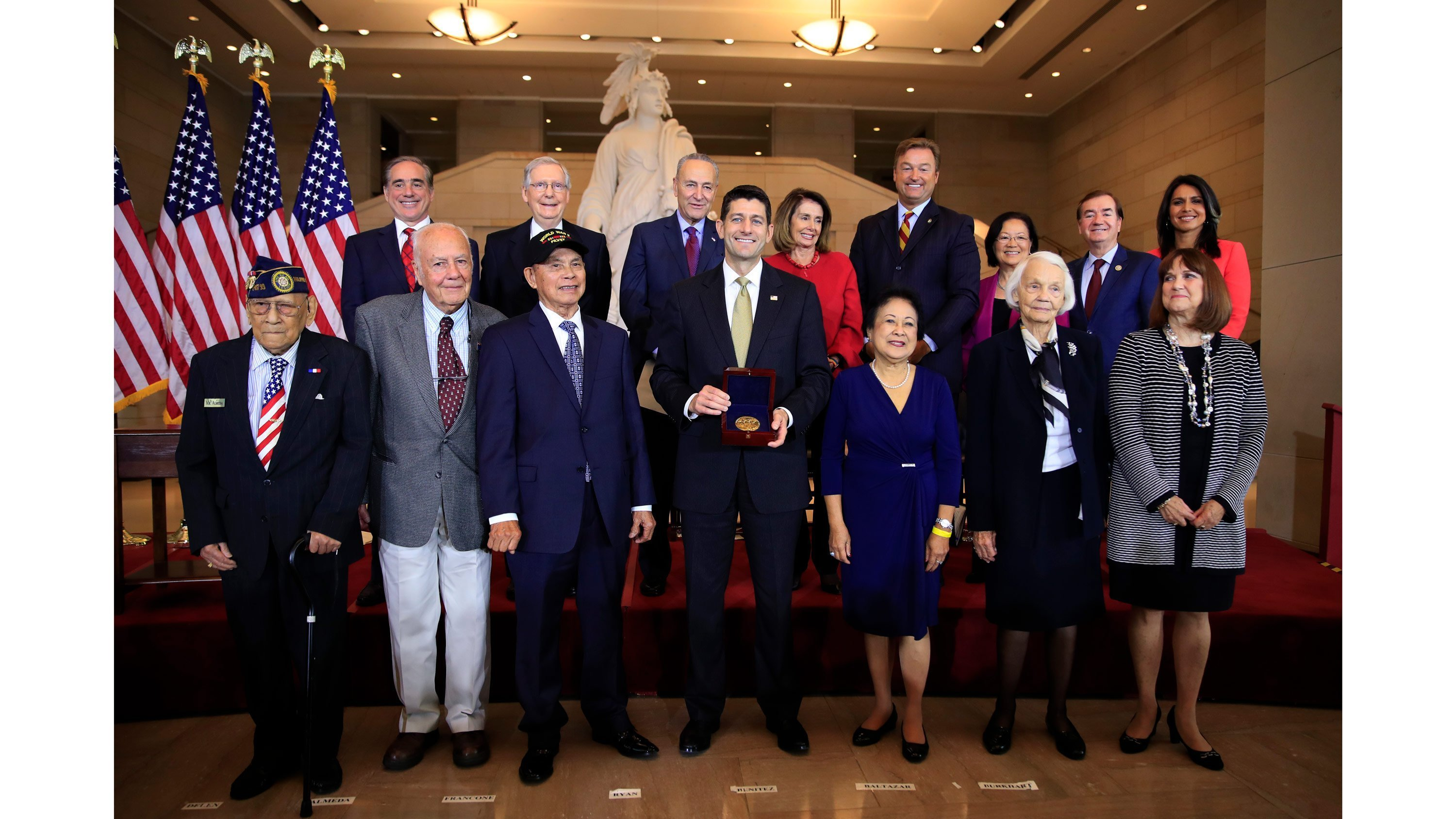 Hirono, Gabbard present Filipino WWII vets with Congressional Gold Medal