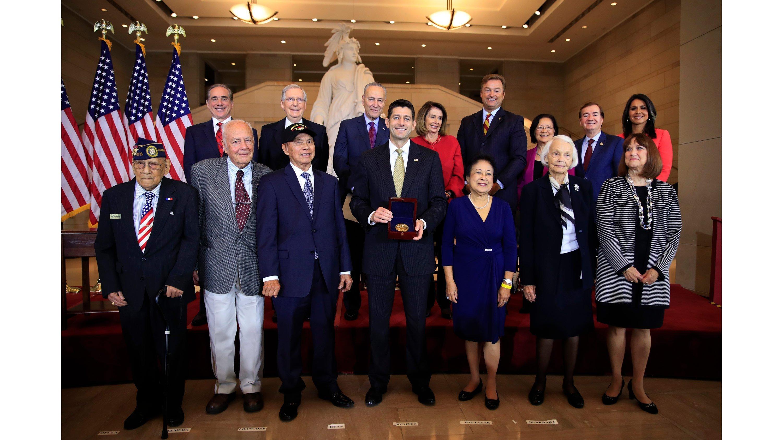 'GREAT LIBERATORS' | US Congress bestows highest honor on Filipino WW II veterans
