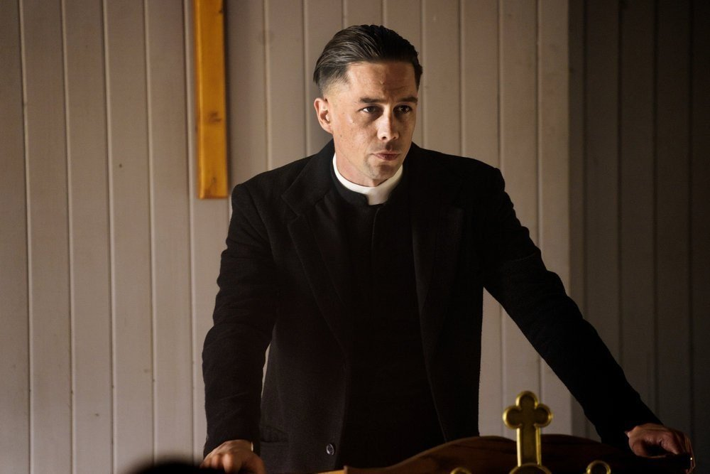 """Killian Scott in 'Damnation' brings a """"Mr. Robot"""" vibe to the Depression era, wrapping class warfare and hostility toward wanton capitalism in a drab, dusty package."""