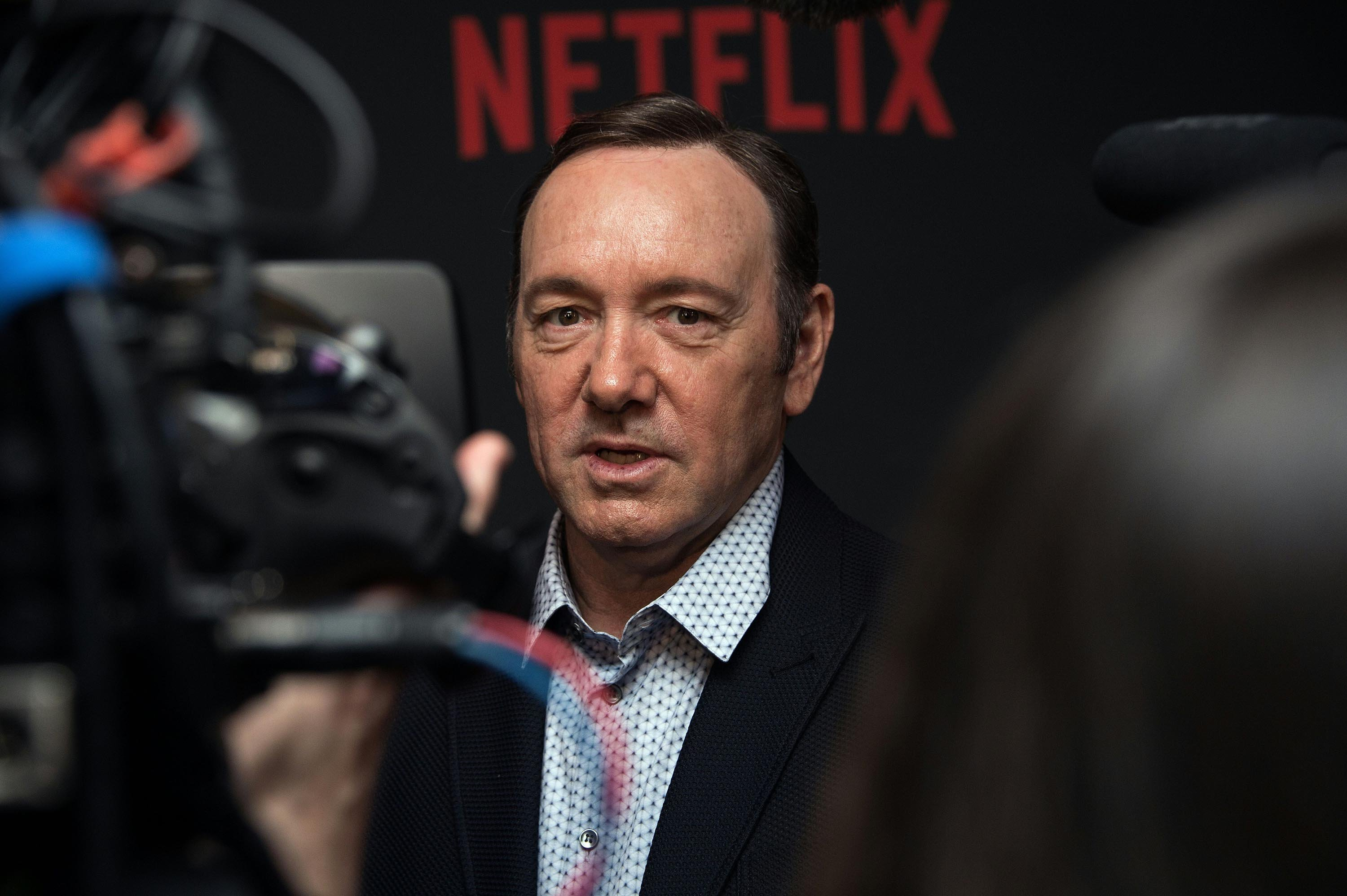 **This image is for use with this specific article only**  Former TV news anchor Heather Unruh came forward on Wednesday with new allegations that Kevin Spacey sexually assaulted her son.