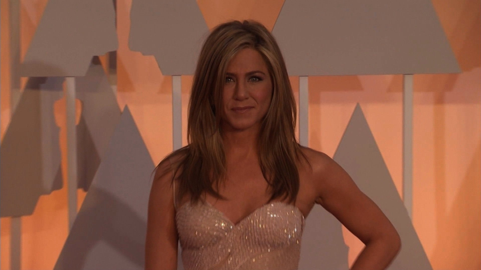 """Jennifer Aniston is coming back to television, nearly 14 years after the actress wrapped up her star-launching role on NBC's """"Friends."""" (FILE)"""