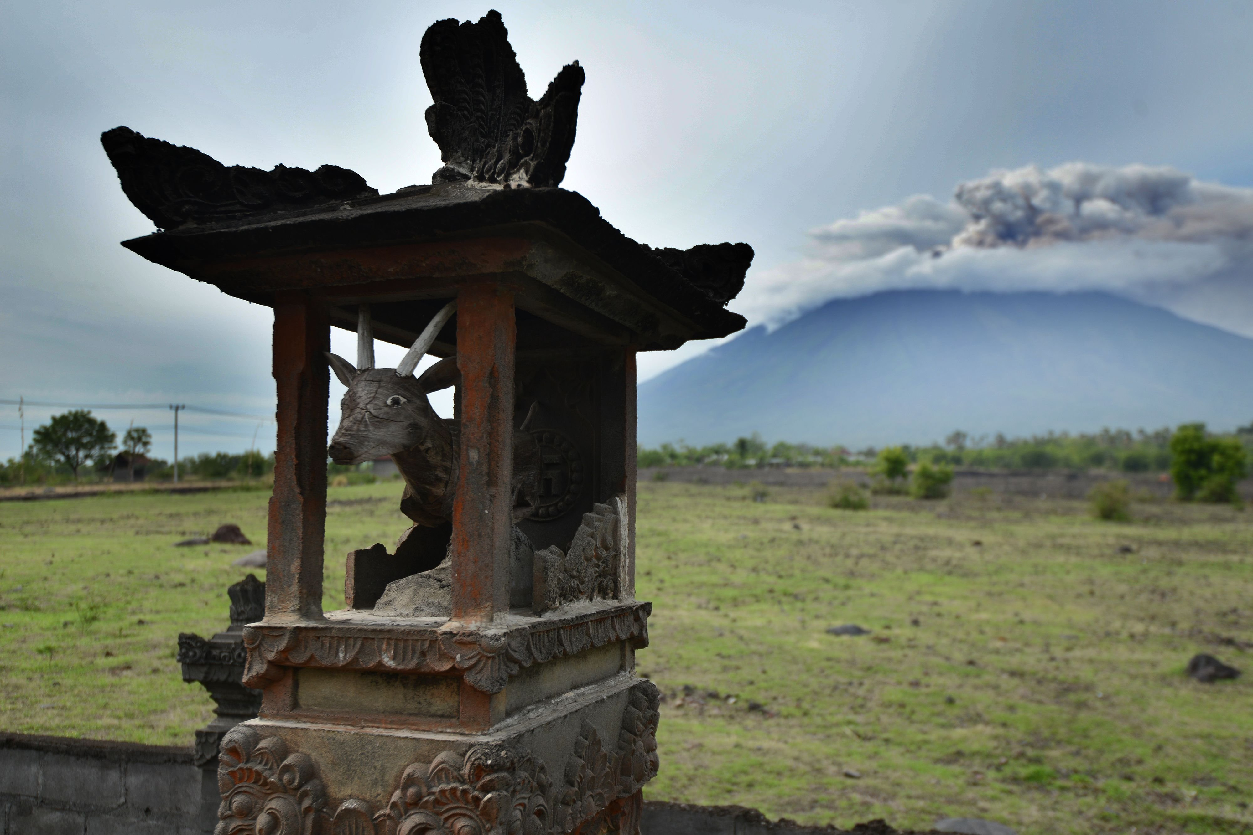 **This image is for use with this specific article only**  Smoke coming from Mount Agung volcano Indonesia's resort island of Bali on November 29.