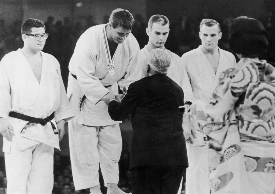 **This image is for use with this specific article only.**  Anton Geesink won gold at the 1964 Olympics in Tokyo.  Credit: Keystone/Hulton Arcive/Getty Images