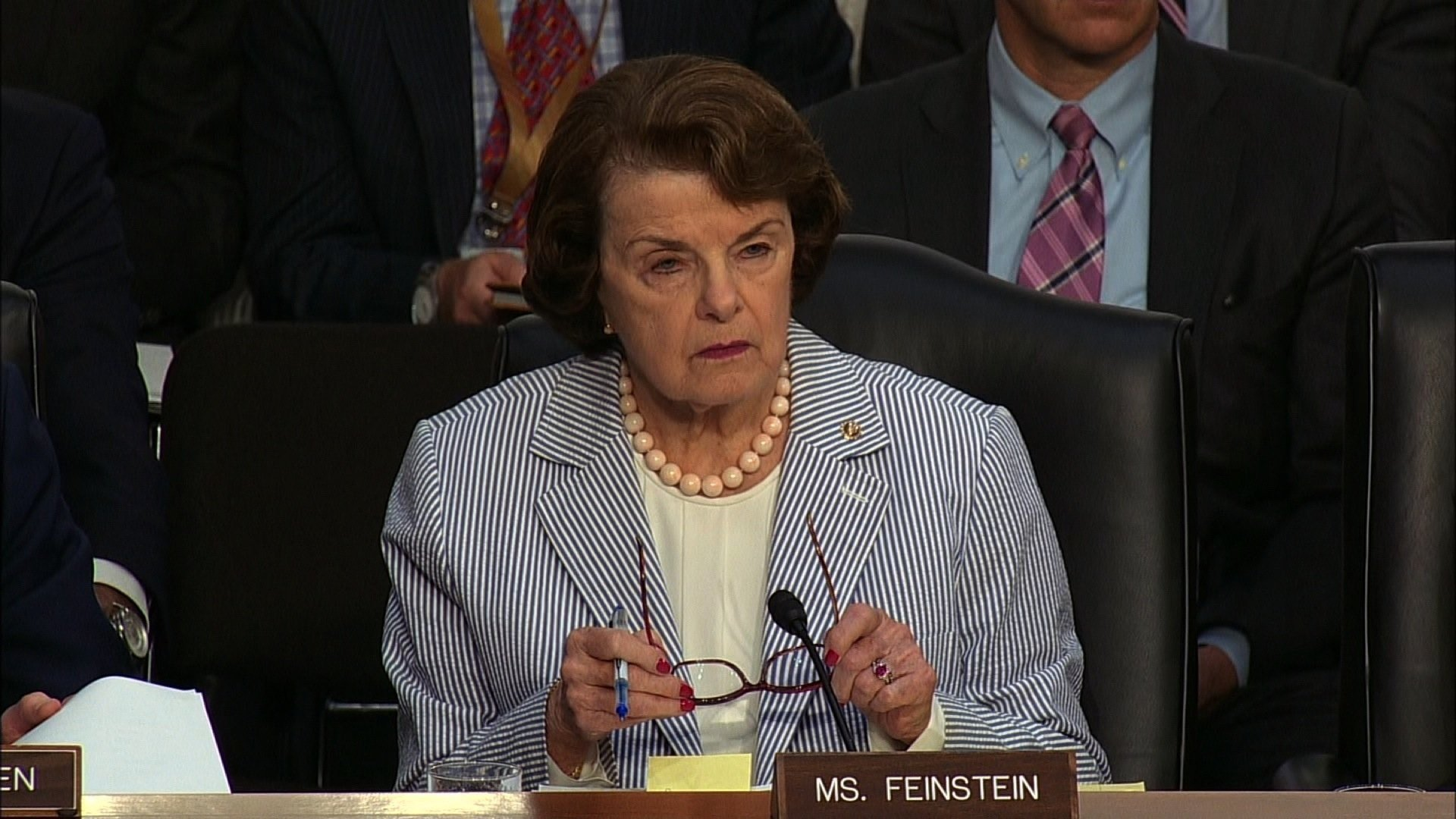 Senator Dianne Feinstein interviews James Comey during a congressional hearing on Thursday, June 8, 2017.
