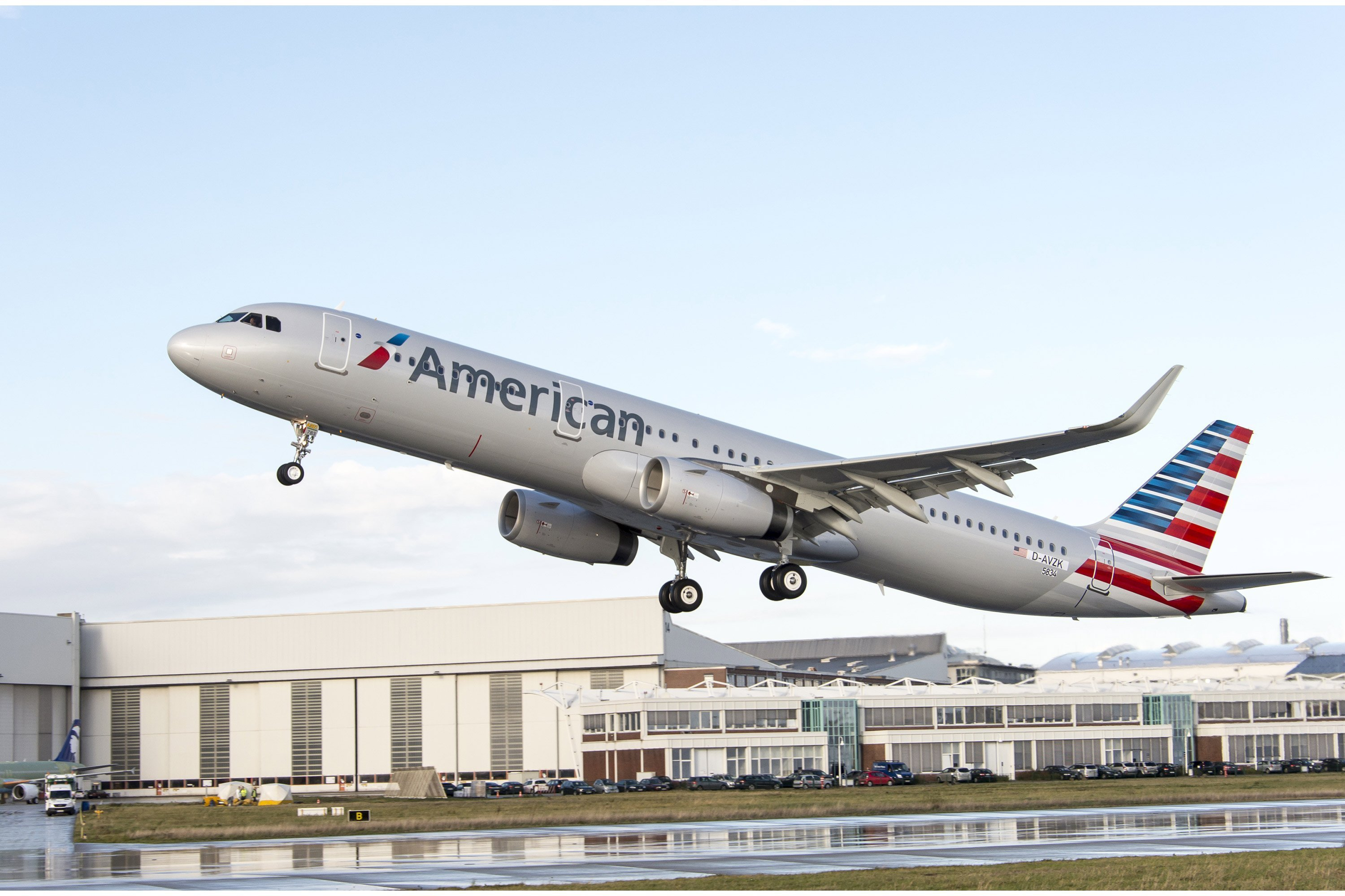 American Airlines Group (AAL) Earning Favorable Press Coverage, Analysis Shows