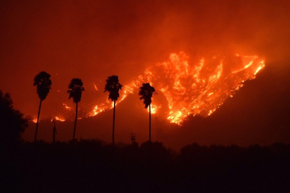 Brush fire explodes near Santa Paula, CA