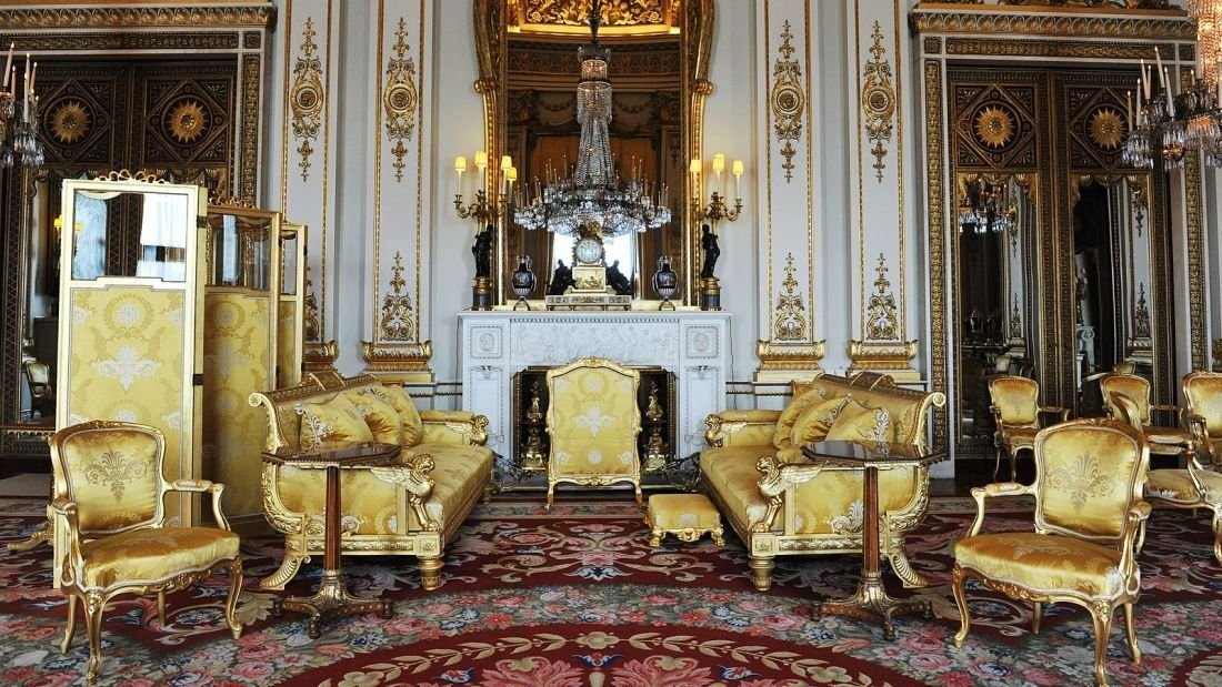 **This image is for use with this specific article only.**  Historic residences don't get much more regal than Buckingham Palace in London. Originally owned by the Duke of Buckingham, Buckingham House (as it was known then) was bought by King George...