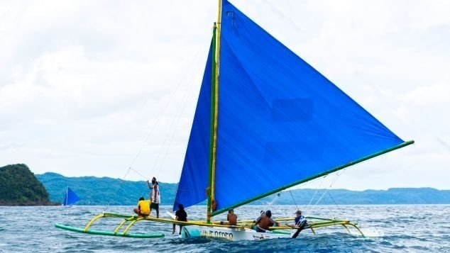 "Local ""paraw"" trimarans are ideal for exploring uninhabited islands near Borocay."