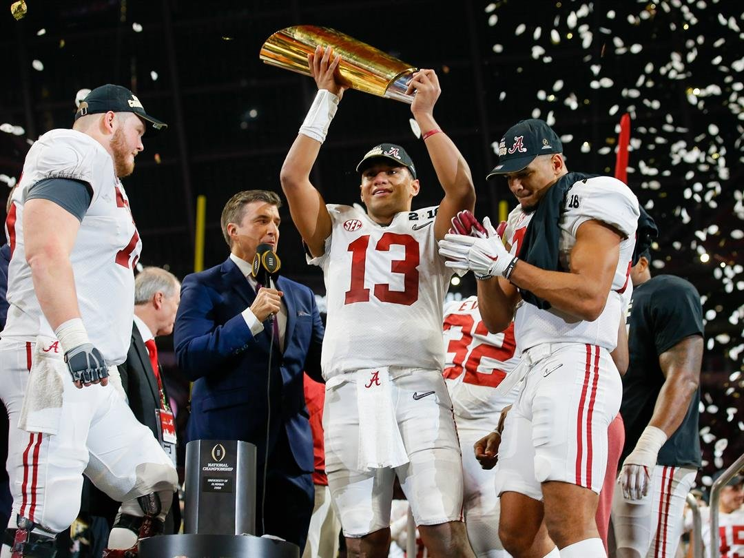 Alabama freshman WR Devonta Smith seals national title with game-winning catch