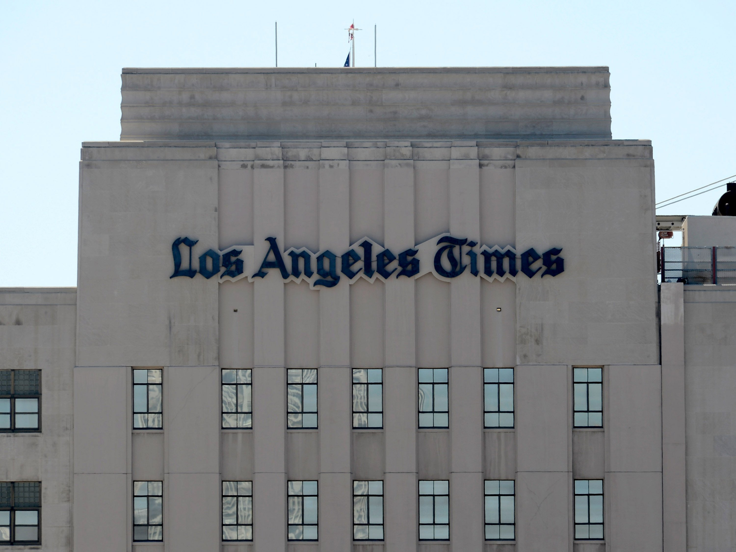 LA Times newsroom votes to unionize