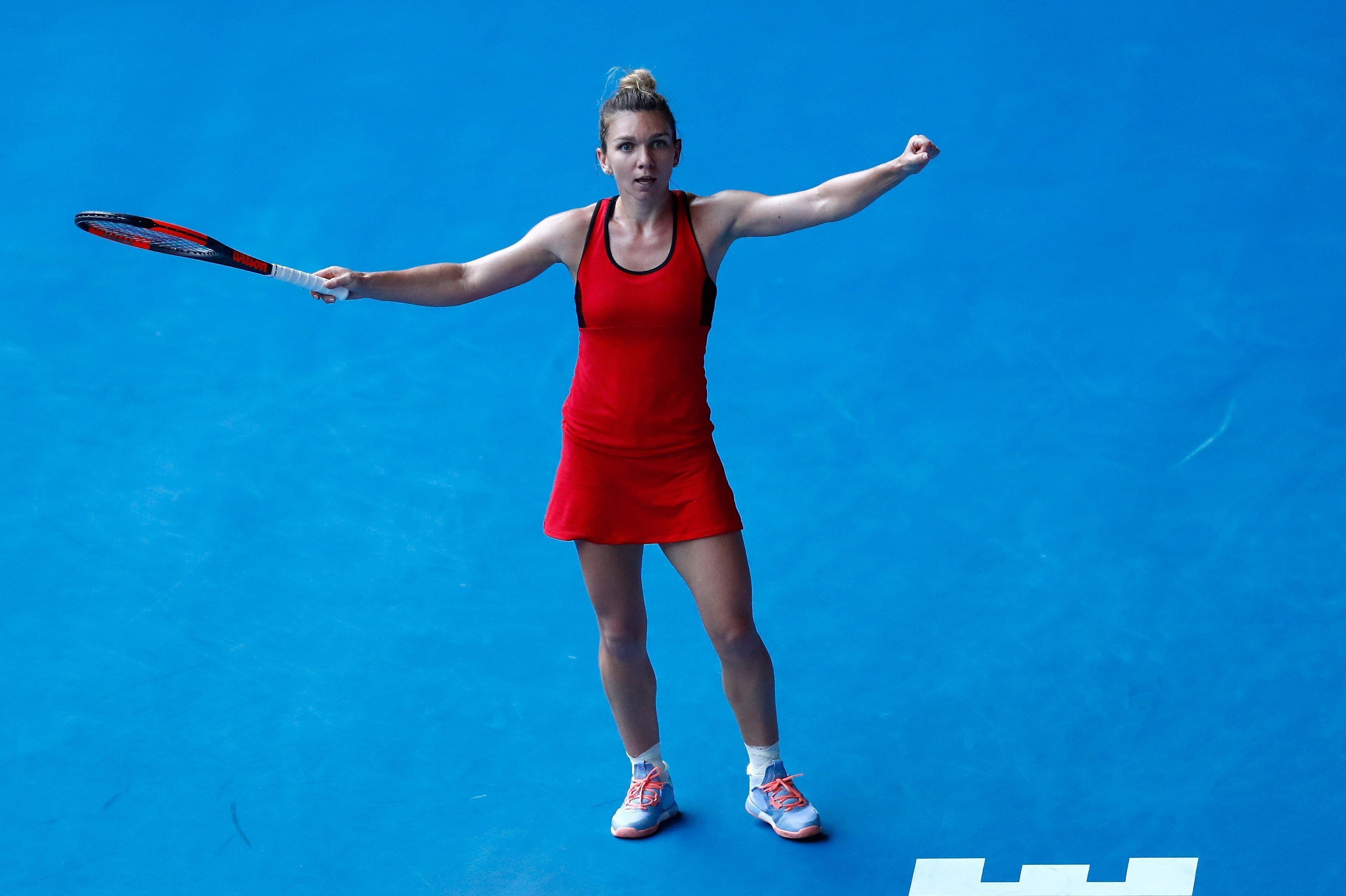 2016 champion Kerber advances to Australian Open semifinals