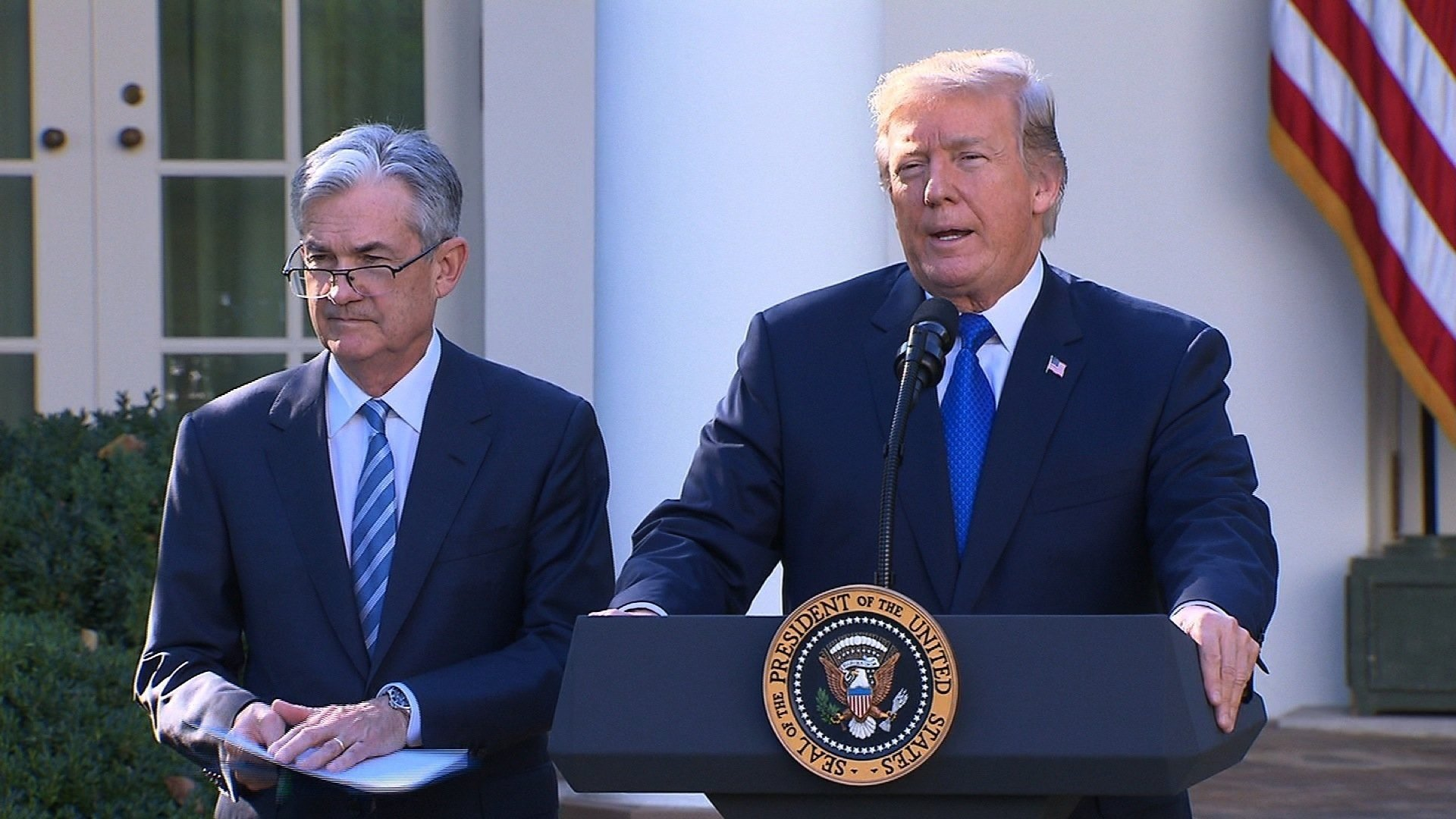 Jerome Powell sworn in as 16th Fed chairman
