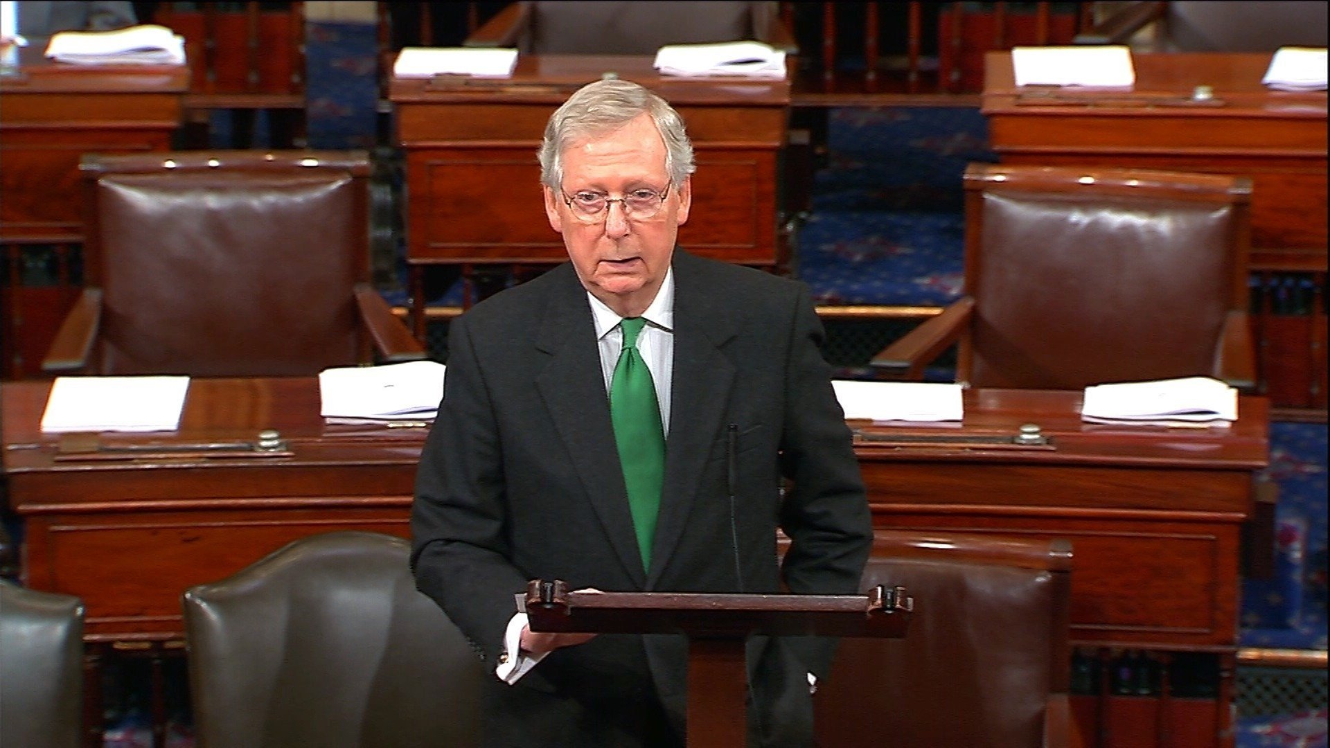 Senate approves short-term government funding bill after a brief midnight shutdown