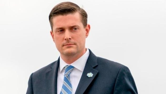 White House staff secretary Rob Porter, a top aide to President Donald Trump, has resigned the White House confirmed, following allegations of abuse from his two ex-wives.