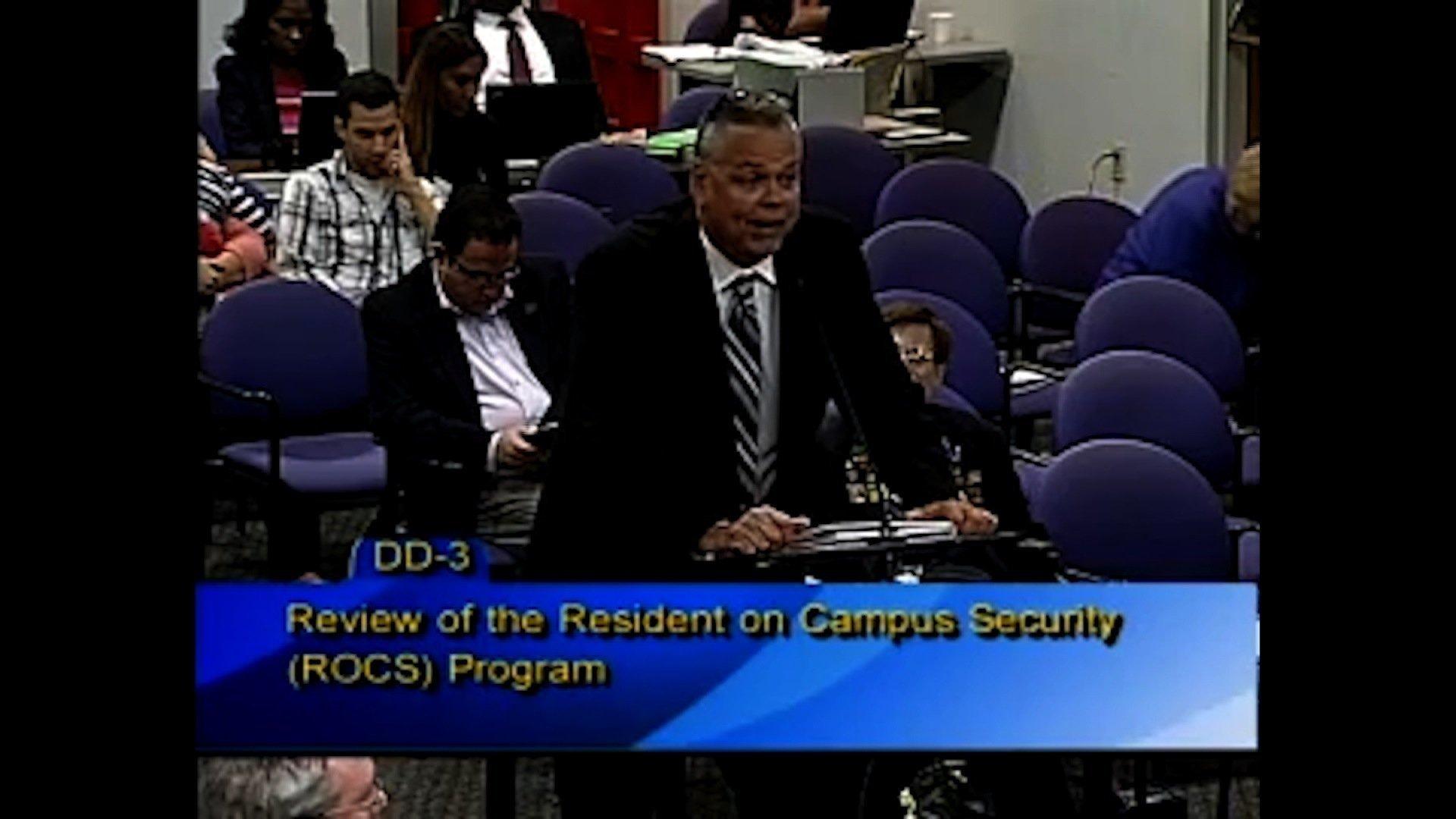 Campus deputy didn't enter building during Parkland school shooting