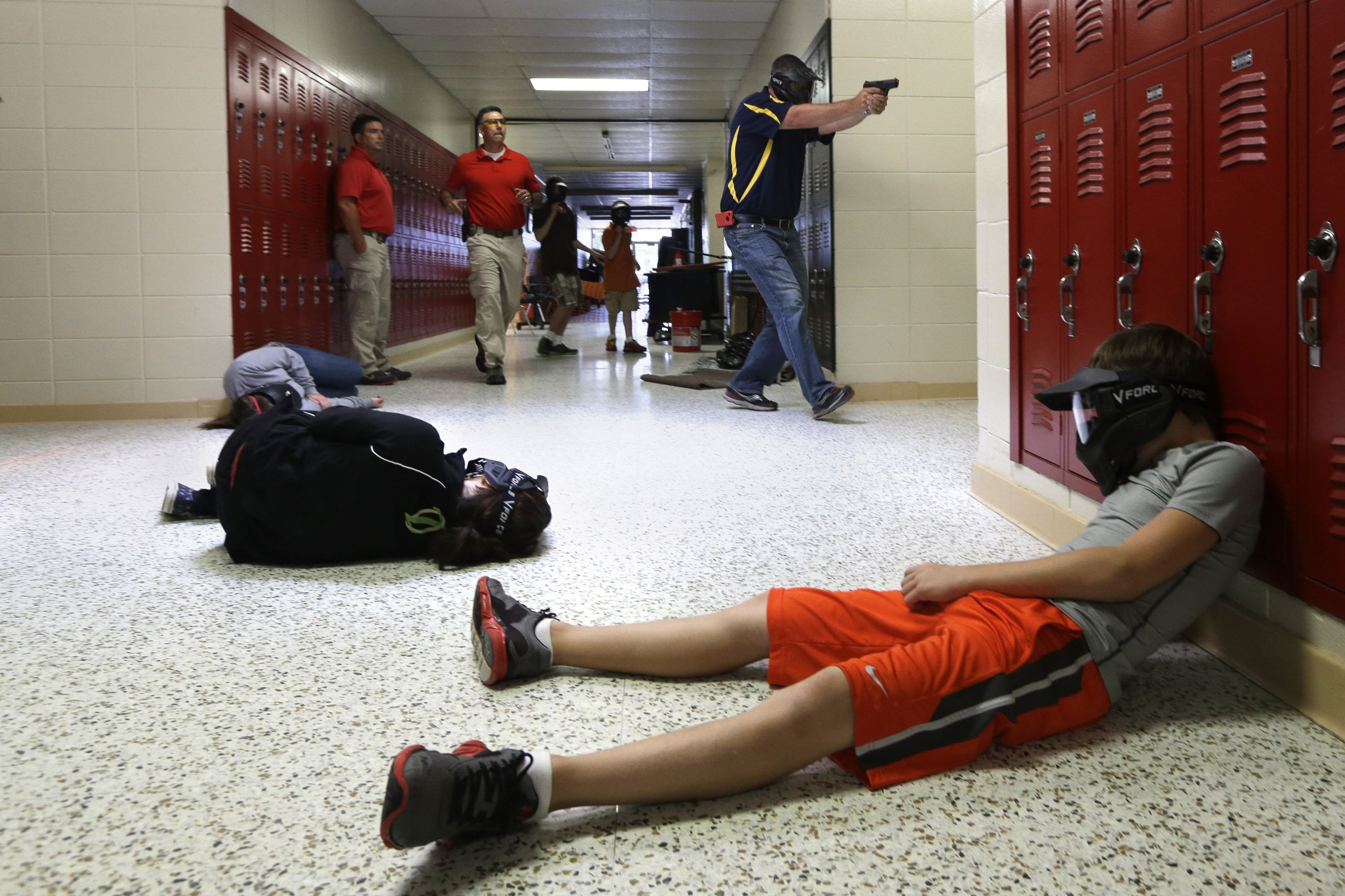 Debate over arming school teachers begins