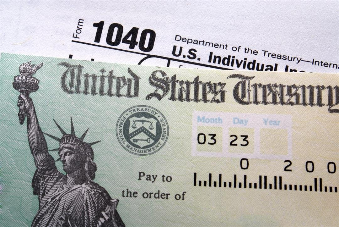 And the turn-around time to get your refund is pretty fast: The IRS issues 9 out of 10 refunds in less than 21 days after a return is filed.