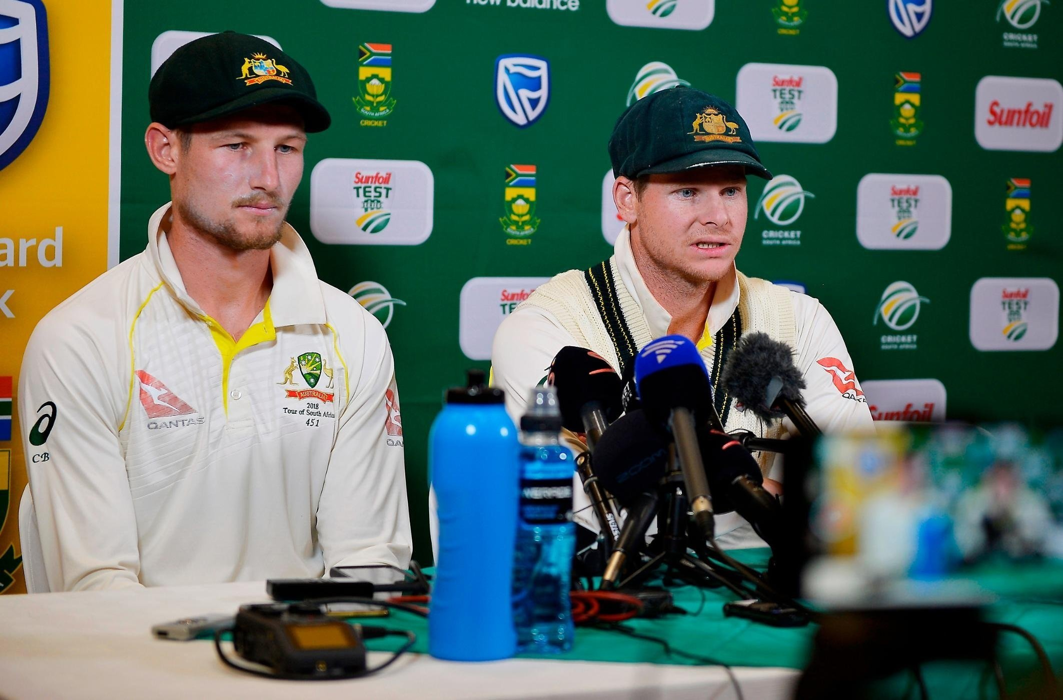 Bancroft charged over ball-tampering incident