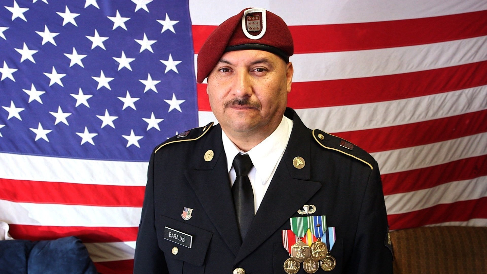 Deported Mexico-born veteran returns to United States to become citizen