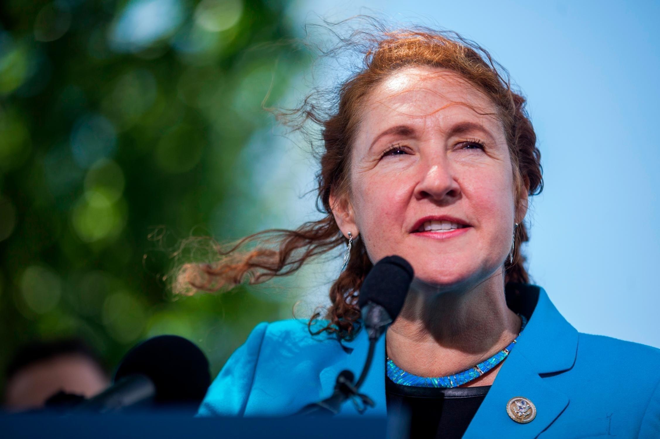 Nancy Pelosi Standing By Rep. Elizabeth Esty Amid Calls For Resignation