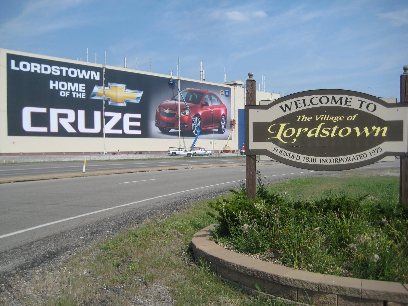 GM to cut second shift at Lordstown; 1500 jobs affected