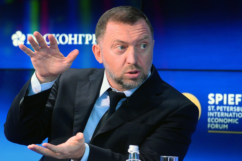 Deripaska to reduce stake in En+ below 50%, leave Board