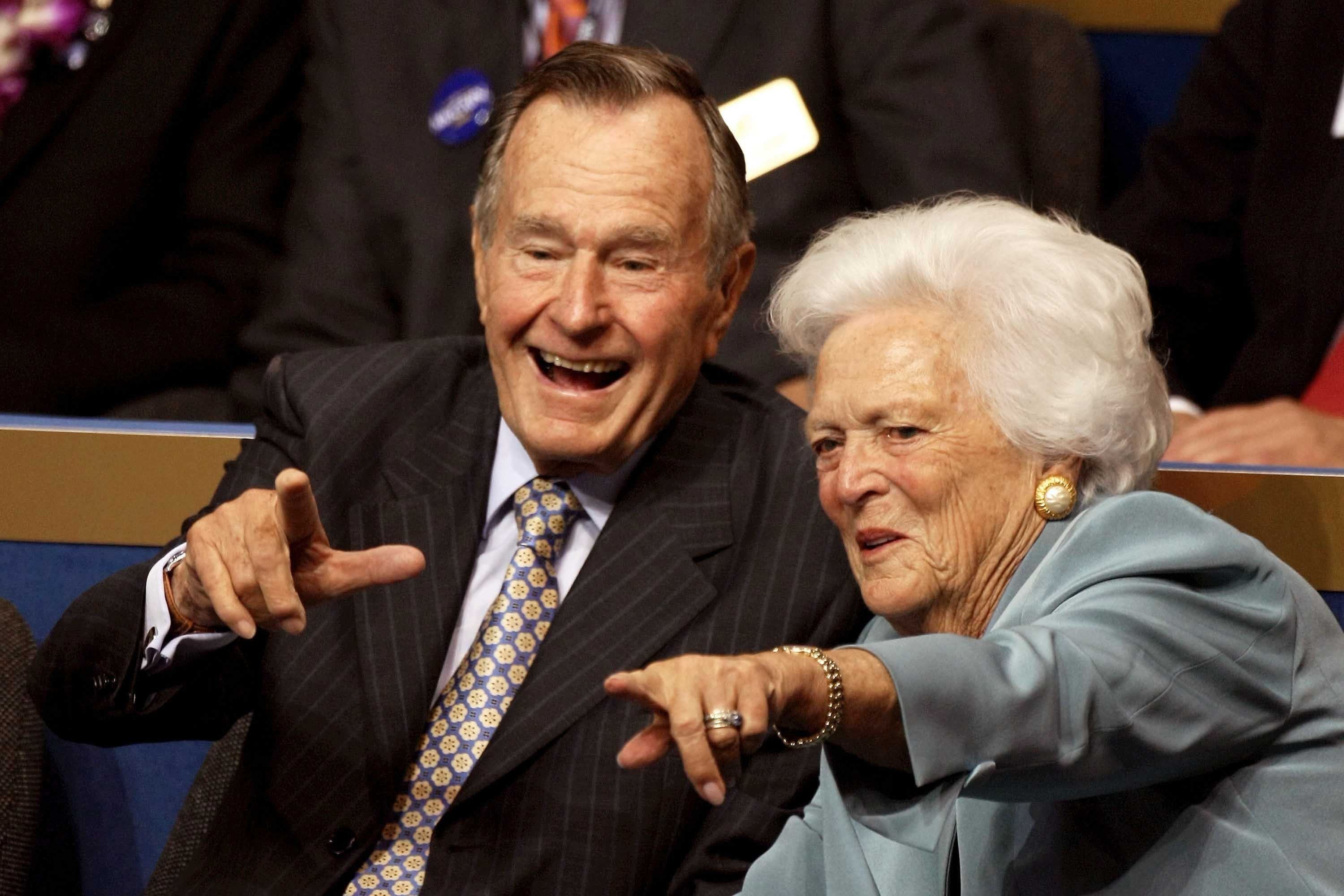George HW Bush eager for doctors' OK to leave Texas hospital