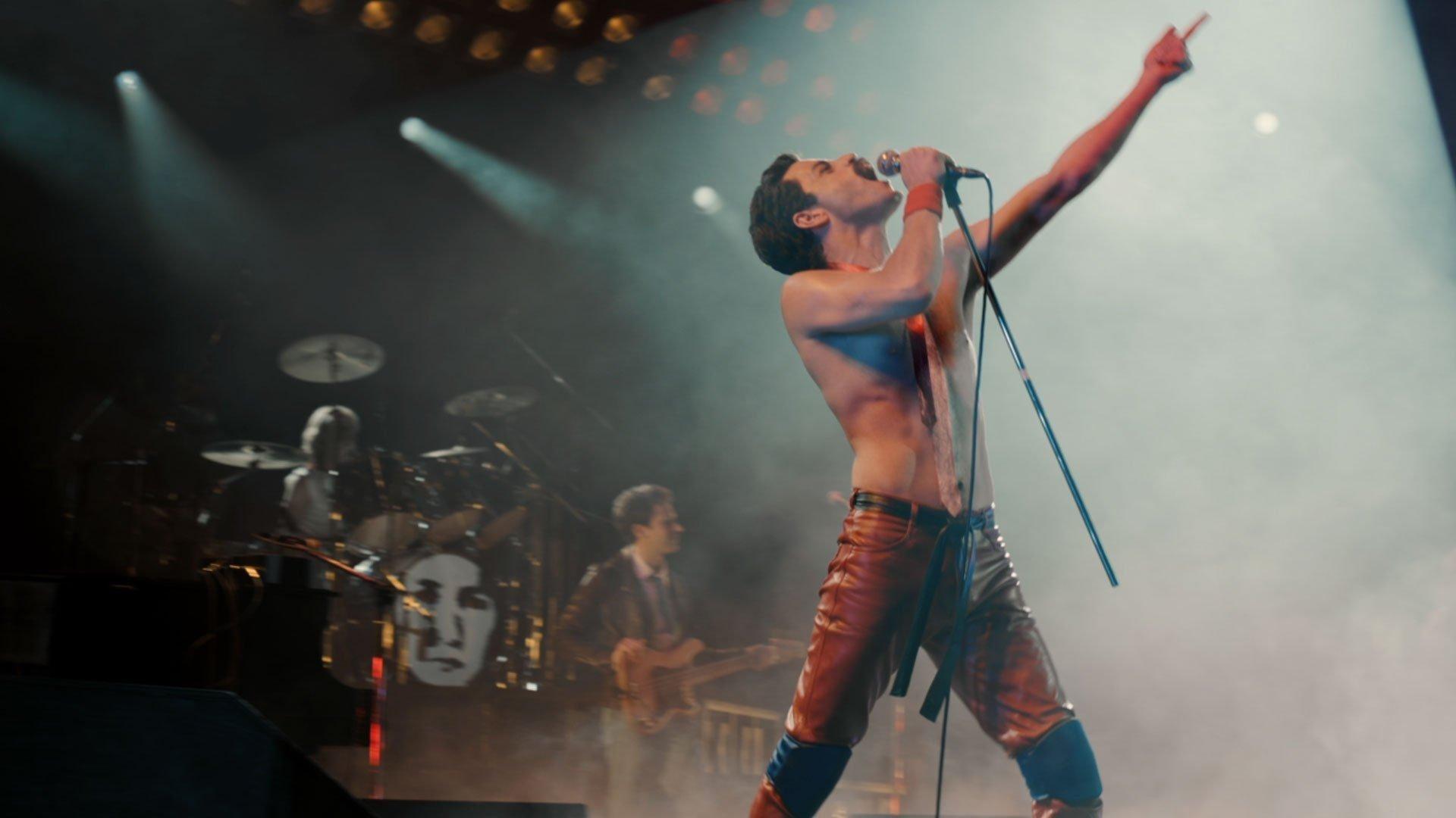 "Rami Malek looks so much like Freddie Mercury in the first teaser trailer for biopic ""Bohemian Rhapsody,"" it's very, very frightening."