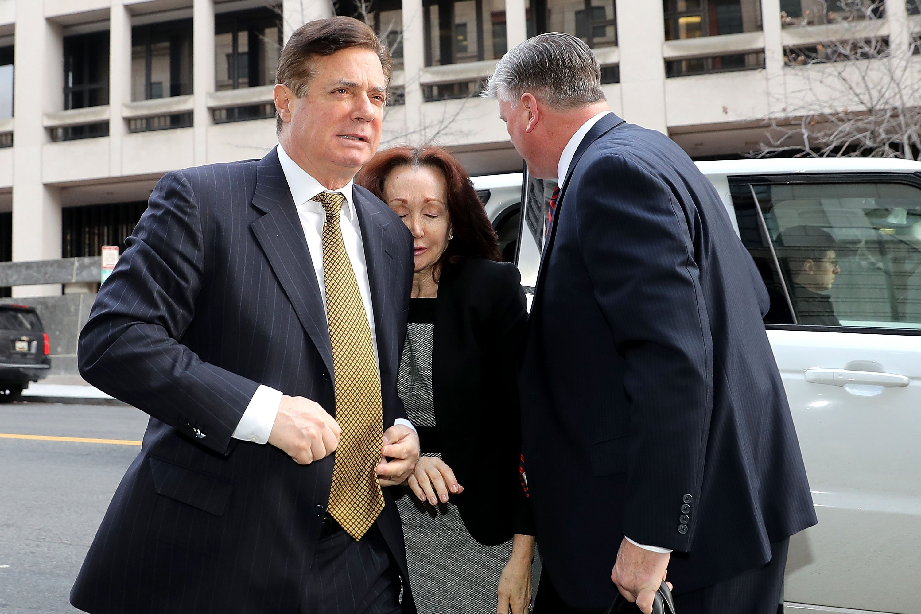 Federal judge just ruled on Paul Manafort's motion to dismiss Mueller charges