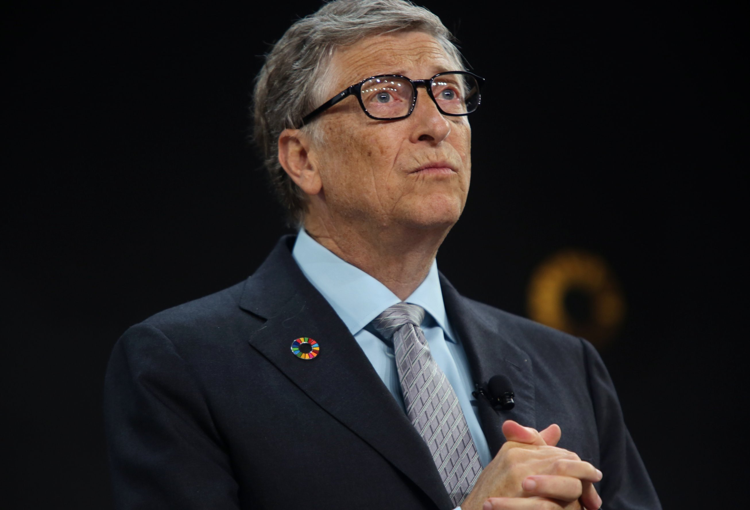 Bill Gates gives college grads his favorite book of 2018