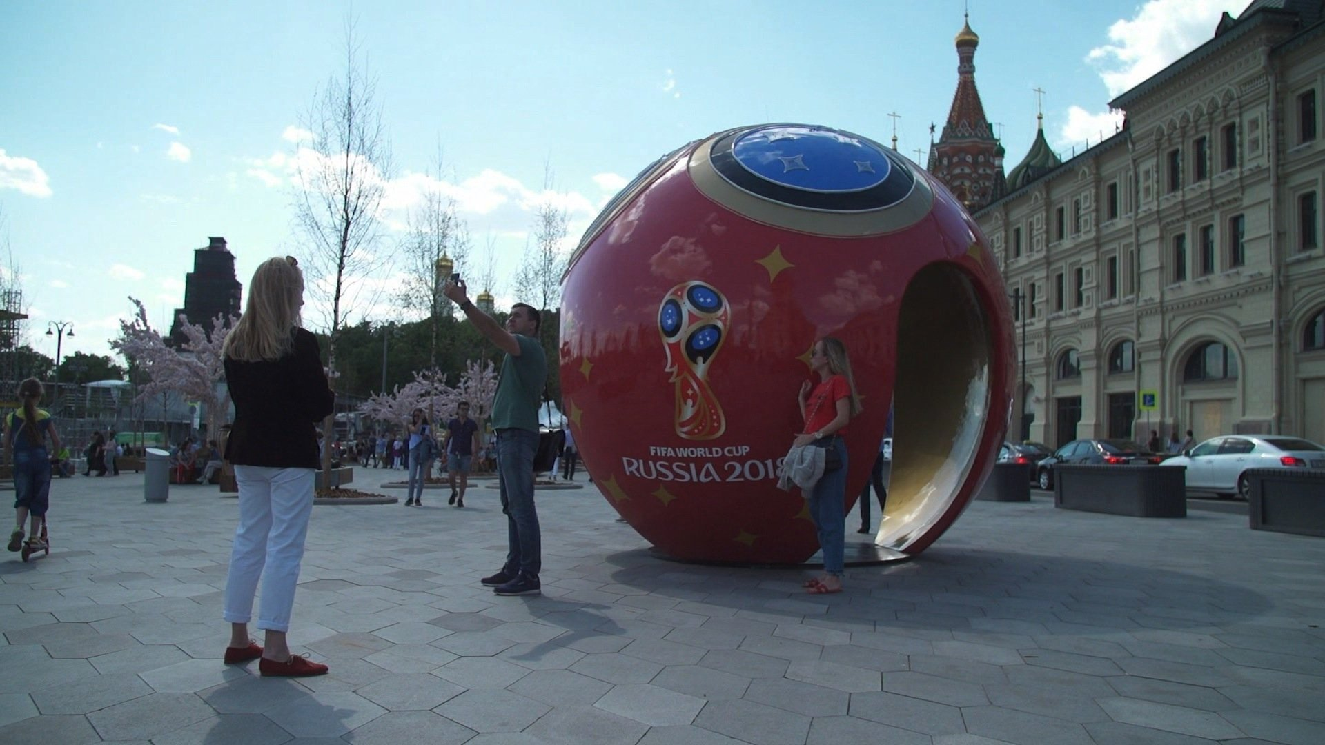 A joint North American bid has been chosen as hosts of the 2026 World Cup, following a FIFA association member vote in Moscow Wednesday.