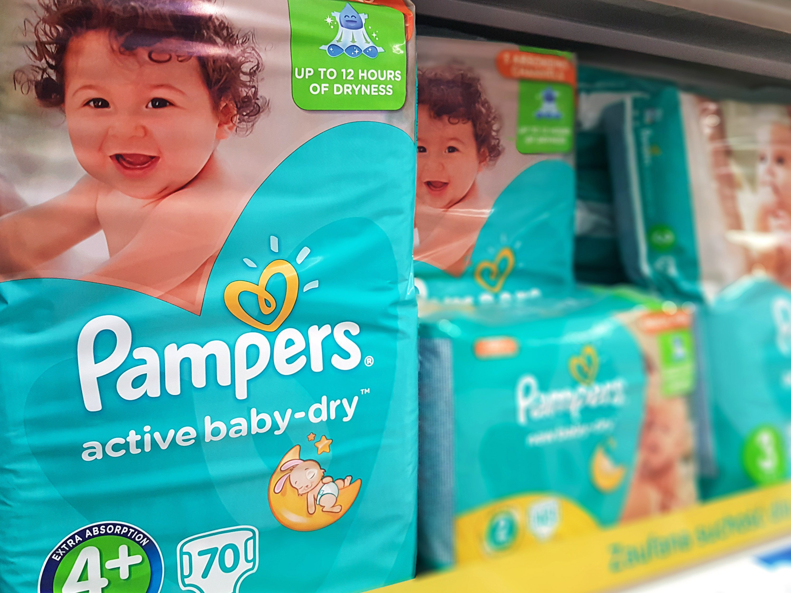 America's birth rate is at its lowest level in three decades. That's a problem for Pampers and Huggies.